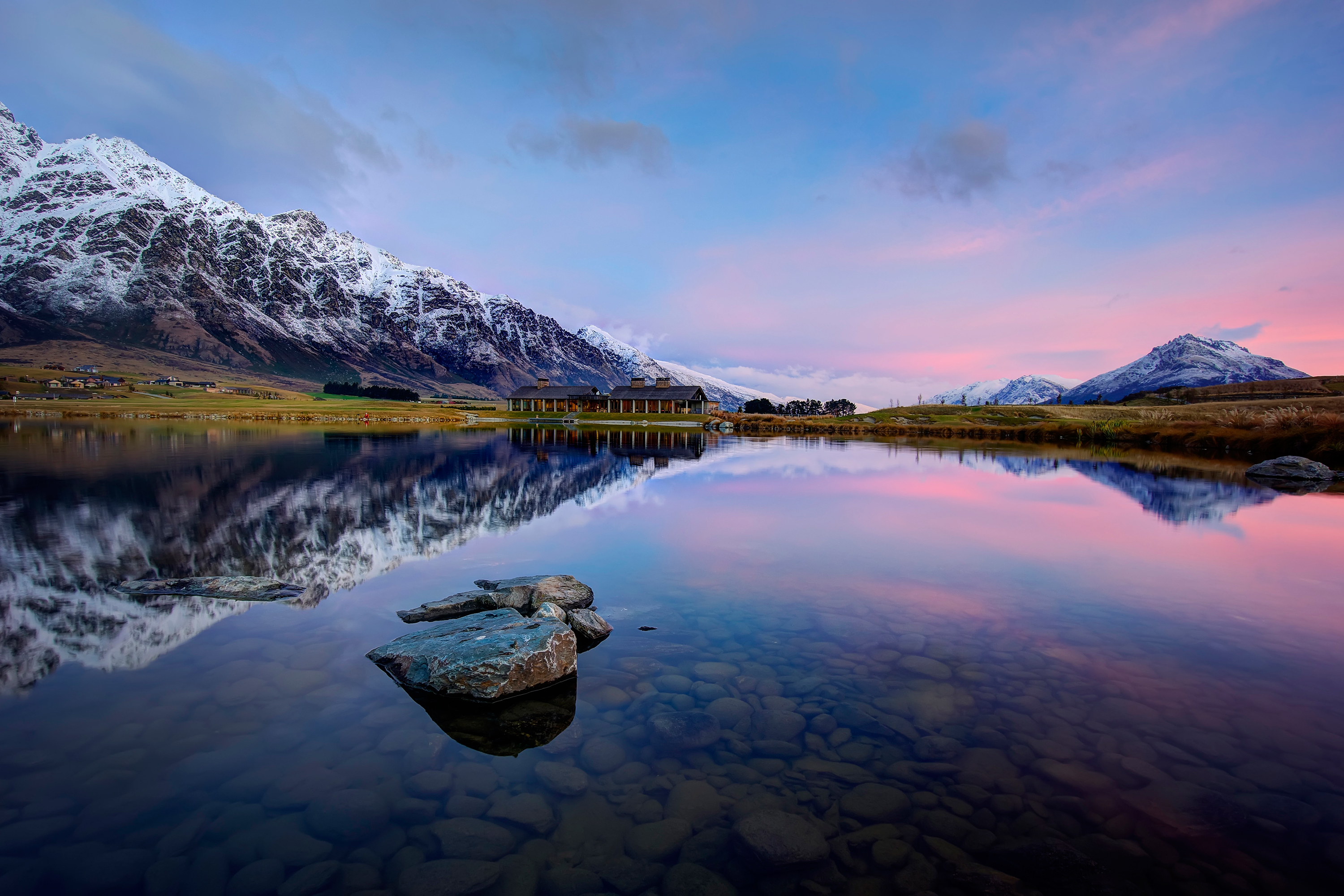 daily wallpaper: queenstown, new zealand | i like to waste my time