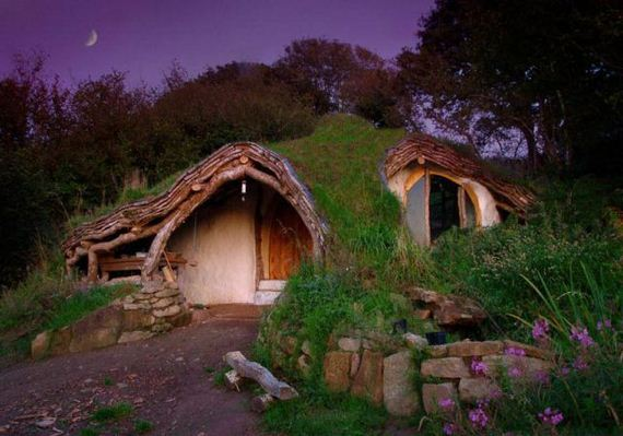 How to Build Your Very Own Lord of the Rings Hobbit House ...