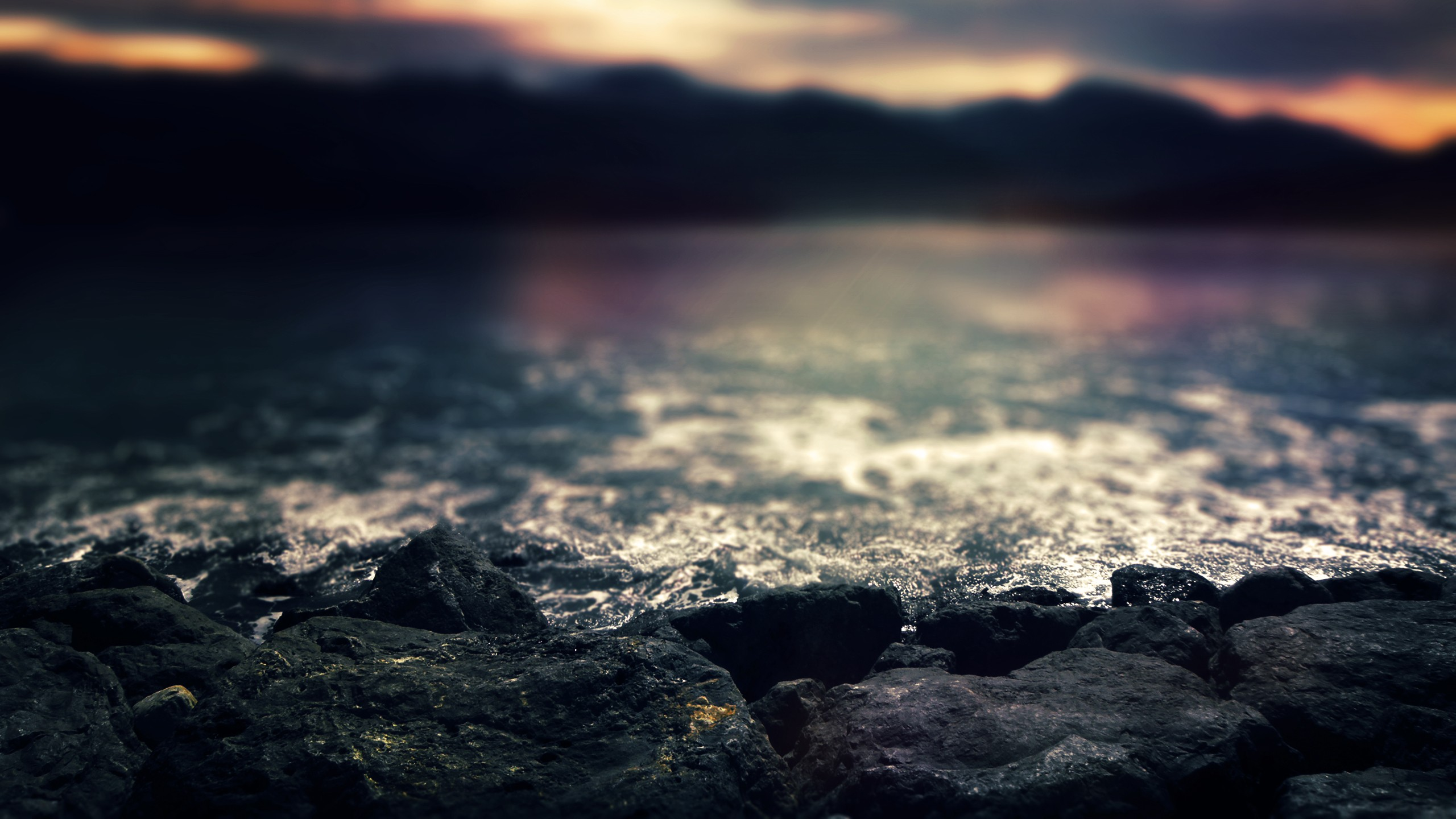 daily wallpaper: early morning waves | i like to waste my time