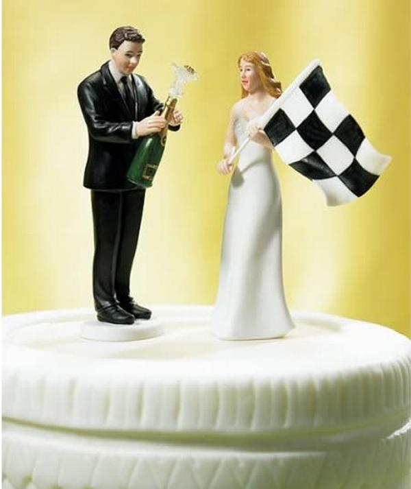 Funny Wedding Toppers: Hilarious Wedding Cake Toppers