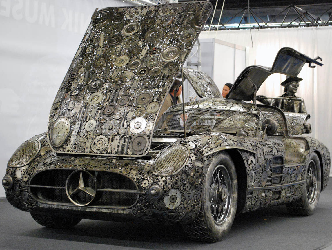 Memorable supercars built out of scrap metal i like to for Mercedes benz scrap yard