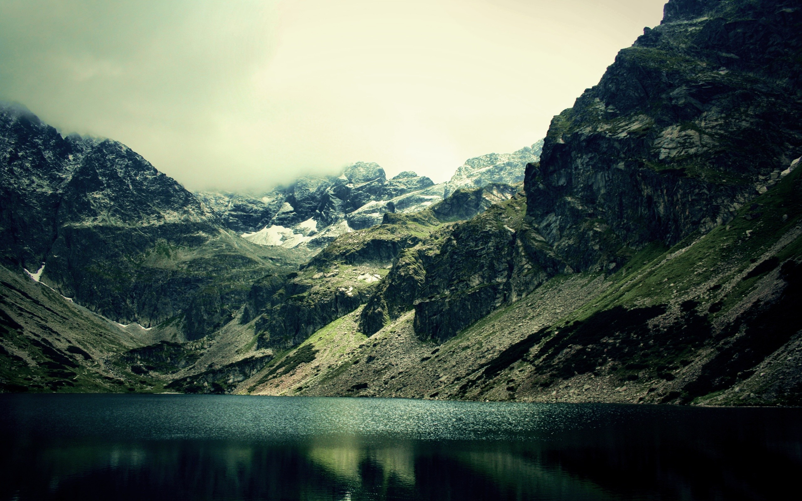Hd wallpaper mountains - Gloomy Weather Over Mountain Lake Hd Wallpaper Download