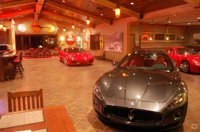 Exotic Car Garage : High end cars need luxury garages i like to waste my time