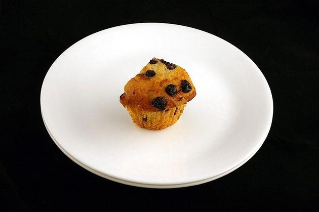 Different Foods 200 Calories Muffin