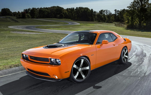 2014 Dodge Challenger RT Shaker HD Wallpaper