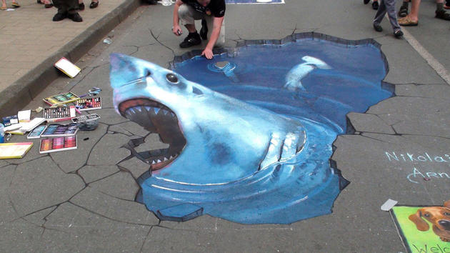 3D Street Art by Nikolaj Arndt - Shark