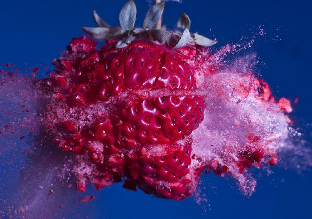 Strawberry frozen destruction