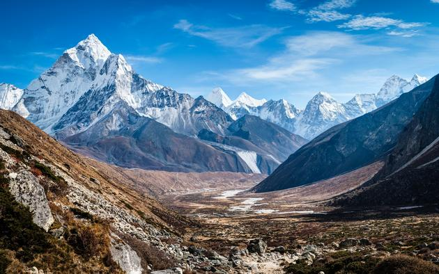 Ama Dablam mountain range in Nepal HD Wallpaper