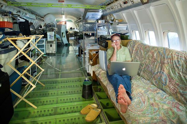 Bruce Campbell's Boeing 727 Home inside of Woods
