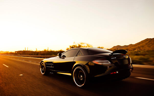 Black Mercedes Benz SLR McLaren