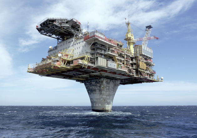 Norwegian Sea Oil Rig