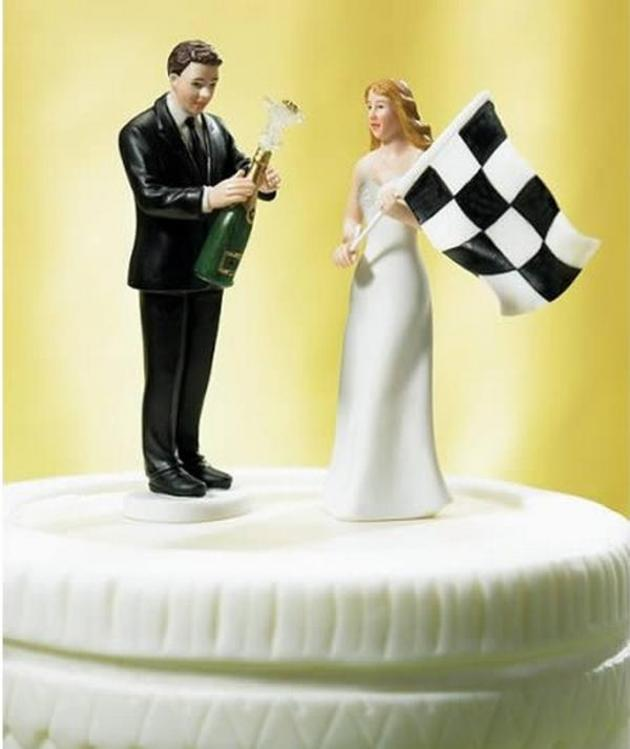 Hilarious Wedding Cake Toppers | I Like To Waste My Time