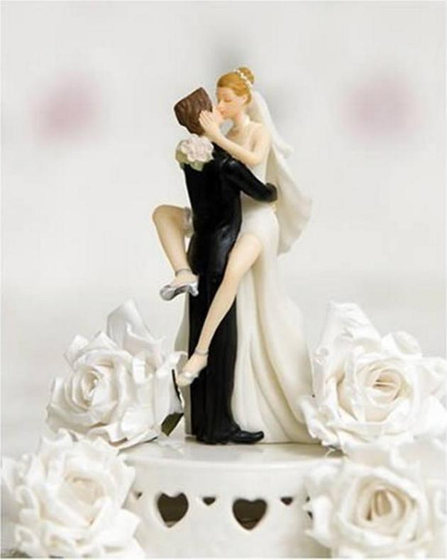 wedding cake toppers romantic decoration. Black Bedroom Furniture Sets. Home Design Ideas