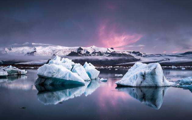 Glacier Lagoon in Iceland by Andreas Wonisch