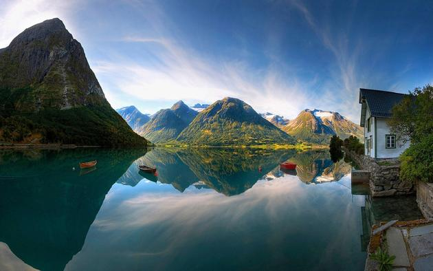 Stunning View of Norway Wallpaper