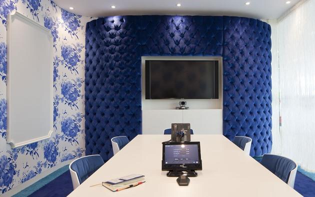 Traditional blue padding on walls in Google Office