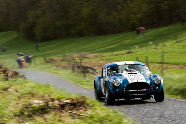 AC Cobra Country road