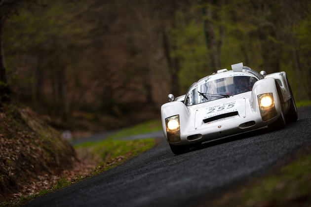 Porsche 906 Flying in dark woods