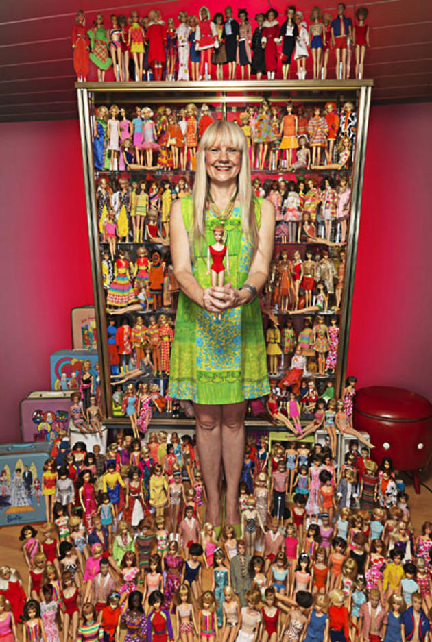Largest Collection of Barbie Dolls Guinness 2013
