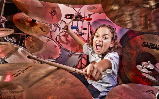 Youngest Proffesional Drummer Guinness 2013