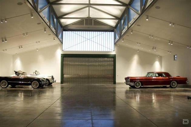 Car Garage Interior