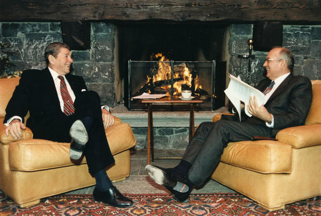 Mikhail Gorbachev and Ronald Reagan1985
