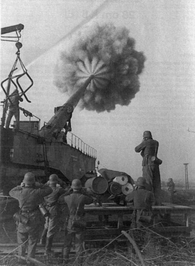 German 283mm K5 firing