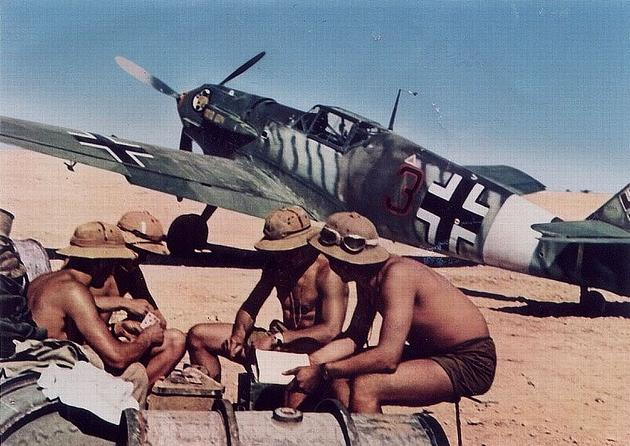 Luftwaffe pilots playing cards in Africa 1942