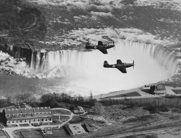 Lend Lease cobras over niagara falls