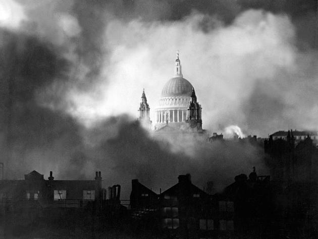 St Paul Cathedral stands undamaged during blitz