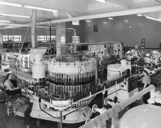 Pepsi Factory in Baltimore, 1956