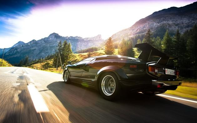 Lamborghini Countach HD Wallpaper