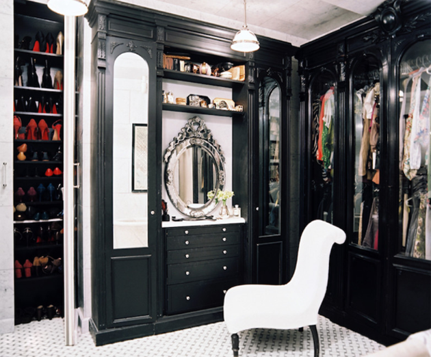 luxury walk in closets to suit your style i like to waste my time. Black Bedroom Furniture Sets. Home Design Ideas