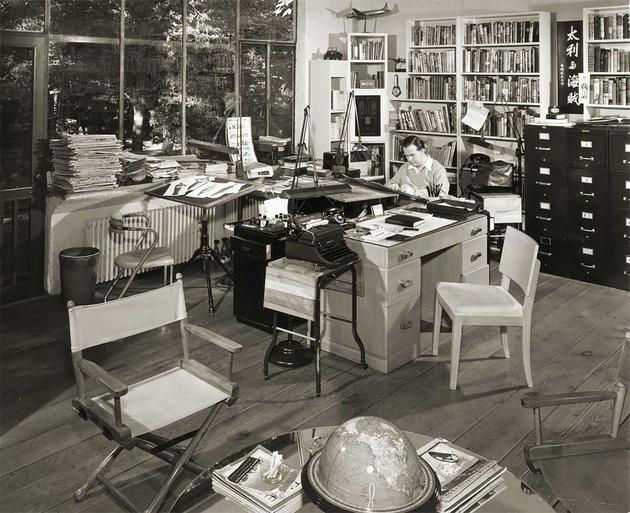 Milton Caniffs Private Study Room