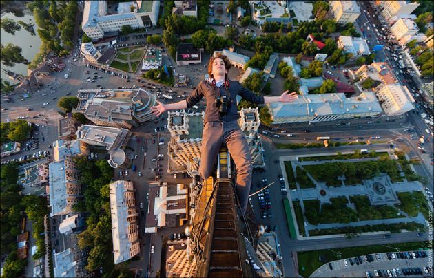 Crazy russian climbers
