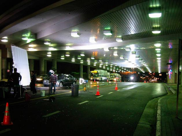 Chrysler 300 in the tunnel (behind-the-scenes photo)