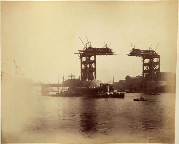 London Tower Bridge Construction