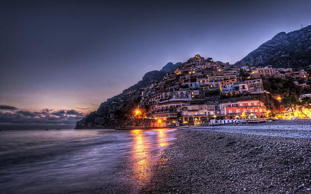 Stunning Beach of Positano, Italy HD Wallpaper