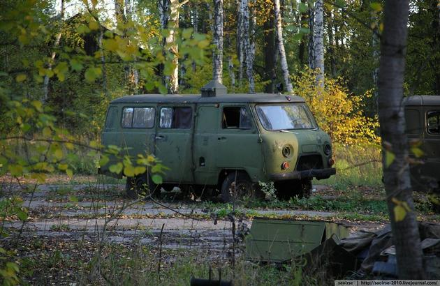 Abandoned Soviet Vehicle Base Hidden Deep in the Woods | I ...