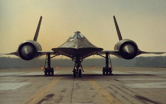 'An Old photo of the Blackbird' from the web at 'http://iliketowastemytime.com/sites/default/files/imagecache/blog_image/sr-71-old-photo.jpg'