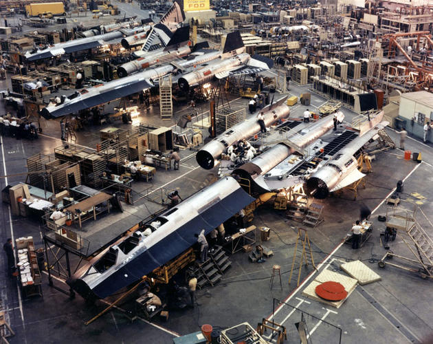 'SR71 Assembly line' from the web at 'http://iliketowastemytime.com/sites/default/files/imagecache/blog_image/sr71_blackbird11.jpg'