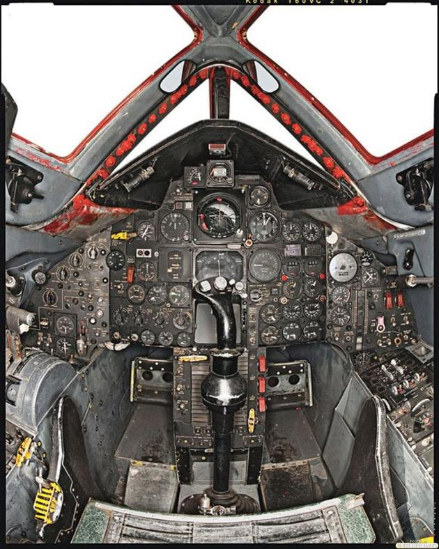 'Cockpit of the Blackbird' from the web at 'http://iliketowastemytime.com/sites/default/files/imagecache/blog_image/sr71_blackbird13.jpg'