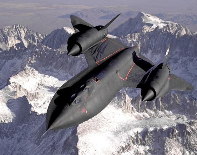 'Blackbird Flying over the Mountains' from the web at 'http://iliketowastemytime.com/sites/default/files/imagecache/blog_image/sr71_blackbird_leaking_fuel_cell19.jpg'