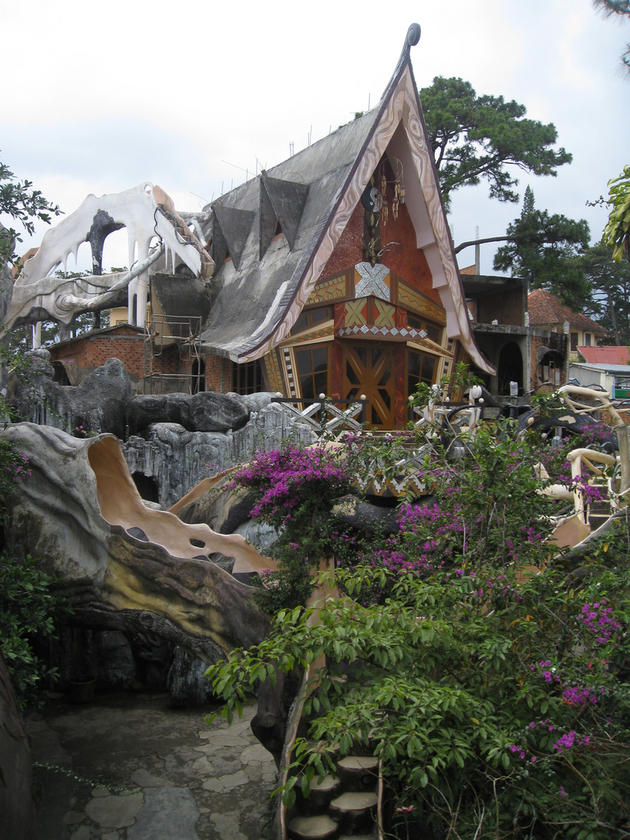 More Strange Houses and Structures   I Like To Waste My Time on Modern:szae7Exnfpq= Amazing Houses  id=95722