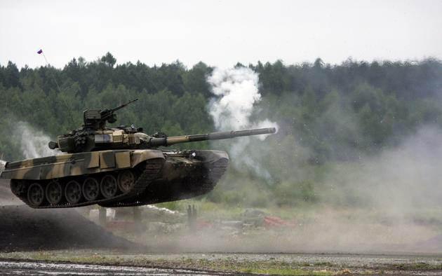 T-72 Tank firing while in a high speed jump