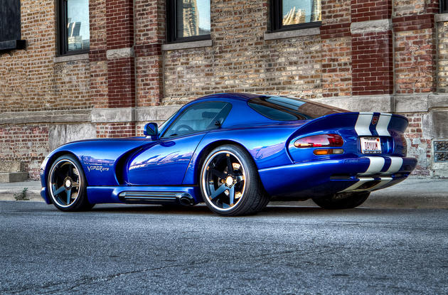Dodge Viper GTS Rear Side
