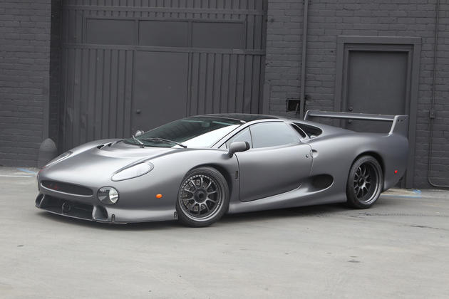 Jaguar XJ220S Front View