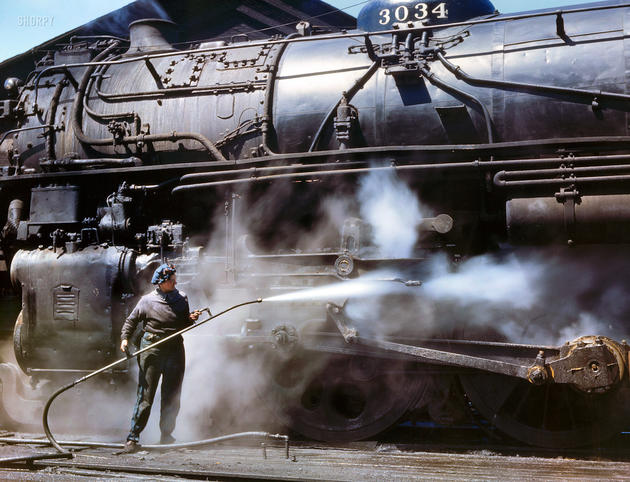 Cleaning a steam engine train