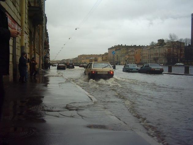 warm climate flood st petersburg