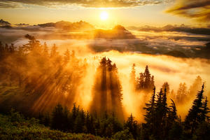 Beautiful sunset atop Evergreen Mountain Lookout in Washington